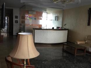 Zaina Plaza Hotel