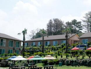 Hwangto Resort