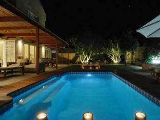 /bamboo-guest-house/hotel/hermanus-za.html?asq=GzqUV4wLlkPaKVYTY1gfimLa2A4GktPVw68GMmB8Zpqx1GF3I%2fj7aCYymFXaAsLu