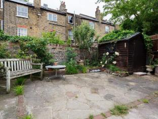 Veeve  4 Bed House On Ronalds Road Highbury and Islington