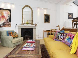 Veeve  2 Bed Flat With Terrace Linden Gardens Notting Hill