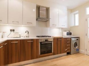 Veeve  2 Bed Kensington Apartment Elsham Road