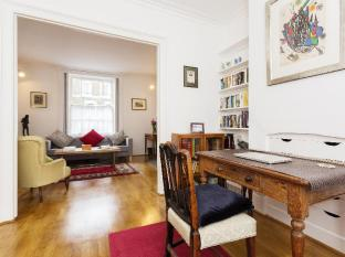 Veeve  Elegant 2 Bed Victorian House Vauxhall