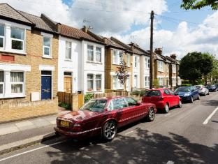 Veeve  3 Bed House Clarence Road Wimbledon