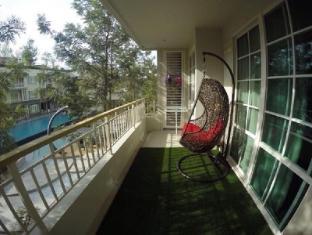 Autumn Condominium Room A203