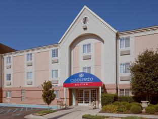 Candlewood Suites Huntsville Hotel