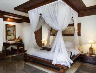 Grand Balisani Suites Hotel Bali - Suite Room