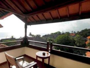 Grand Balisani Suites Hotel Bali - Balcony/Terrace