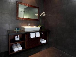 Griya Santrian a Beach Resort Bali - Bathroom