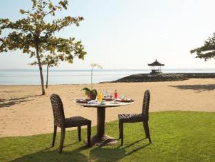 Bali Tropic Resort and Spa Bali - Romantic Breakfast