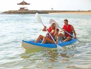 Bali Tropic Resort and Spa Bali - Canoeing