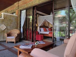 Bali Tropic Resort and Spa Bali - Balcony/Terrace