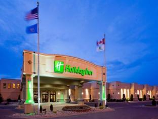 Holiday Inn Fargo Hotel