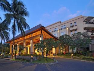 Kuta Paradiso Hotel Bali - Entrance