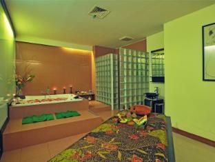 Kuta Paradiso Hotel Bali - Treatment room at jalanidi spa