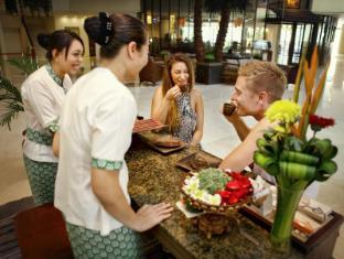 Kuta Paradiso Hotel Bali - Spa Reception
