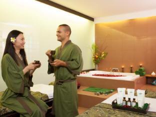 Kuta Paradiso Hotel Bali - Room treatment at jalanidi spa