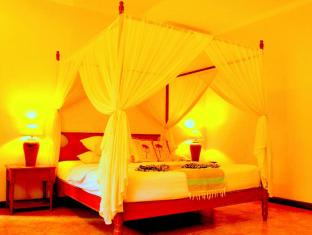 The Benoa Beach Front Villas Bali - Suite Room