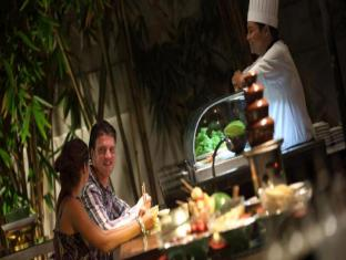 Puri Santrian Beach Resort & Spa Bali - Restaurant
