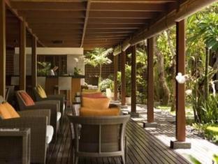 Hotel Santika Premiere Beach Resort Bali - Balcony/Terrace