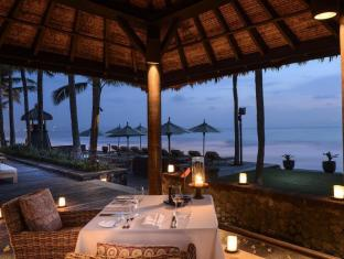 The Legian Bali Hotel Bali - Intimate Dinner at The Pavilion