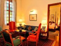 Settha Palace: guest room