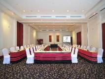 Settha Palace: meeting room