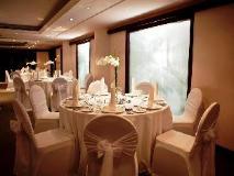 Kingsgate Hotel Abu Dhabi: meeting room