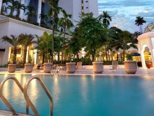 Hotel Istana Kuala Lumpur City Center Kuala Lumpur - Piscine