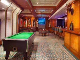Hotel Istana Kuala Lumpur City Center Kuala Lumpur - Billiard