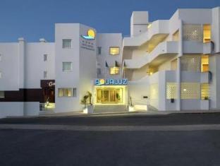 /aqualuz-suite-hotel-apartamentos/hotel/lagos-pt.html?asq=GzqUV4wLlkPaKVYTY1gfioBsBV8HF1ua40ZAYPUqHSahVDg1xN4Pdq5am4v%2fkwxg