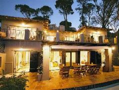 Alta Bay Guest House | Cheap Hotels in Cape Town South Africa