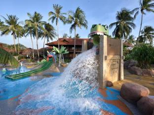 Meritus Pelangi Beach Resort & Spa Langkawi - Swimming Pool