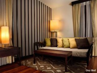 Meritus Pelangi Beach Resort & Spa Langkawi - Beach Front Family Room & Family Room Day Bed