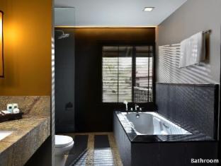 Meritus Pelangi Beach Resort & Spa Langkawi - Bathroom