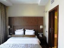 Oaks Liwa Executive Suites: guest room