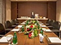 Oaks Liwa Executive Suites: meeting room