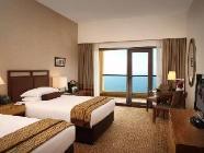 Premium-huone kahdella vuoteella, merinäköala