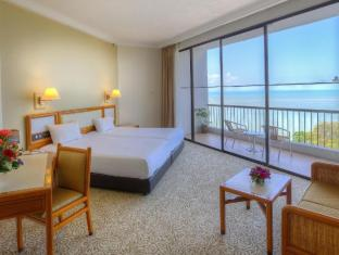 /ms-my/copthorne-orchid-hotel-penang/hotel/penang-my.html?asq=jGXBHFvRg5Z51Emf%2fbXG4w%3d%3d