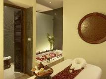 Chatrium Hotel Royal Lake Yangon: spa