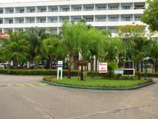 Inya Lake Hotel Yangon - Exterior