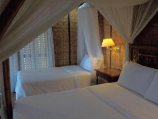Sea Wind Resort Boracay Island - Beach Front Super Deluxe