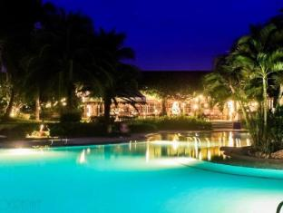 Cebu White Sands Resort and Spa Cebu - Main Pool