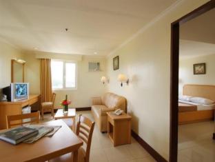 Diplomat Hotel Cebu - Pokój gościnny