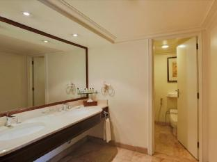 InterContinental Manila Manila - Premier Suite Bathroom