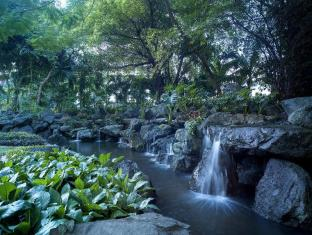 Makati Shangri-La Manila Hotel Manila - Surroundings