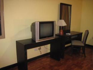 Millennium Makati Service Residence Manila - Guest Room