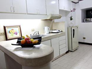 MPT Suites Manila - 1 Bedroom Suite