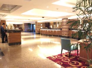 Century Park Hotel Manila - Rezeption