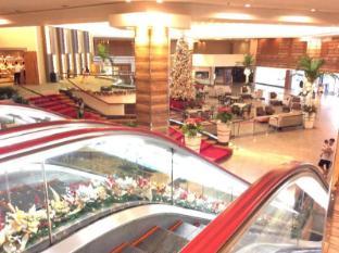 Century Park Hotel Manila - Hành lang